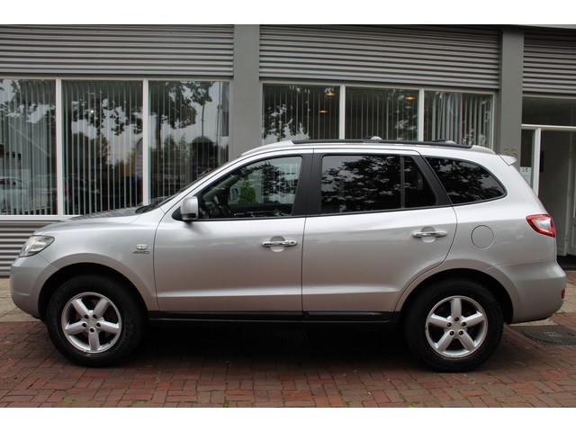 Hyundai Santa Fe 2.7i V6 4WD Style 7p. Automaat,Leer,Airco,Clima Bj 2006 km 173.000 Dealer onderhouden