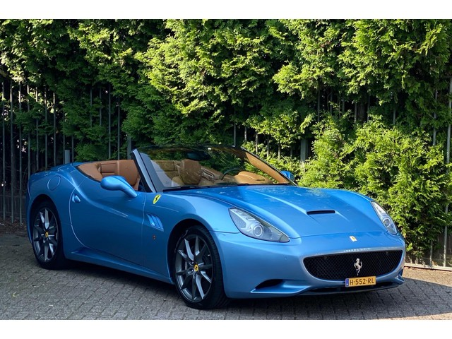 Ferrari California 4.3 V8 30 490pk, 2e eigenaar, dealer onderhouden, Carbon, keramisch ect!!!