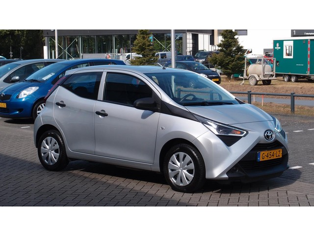 Toyota Aygo 5-DEURS AIRCONDITIONING USB NL-AUTO