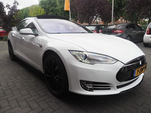 Tesla Model S 60 Xenon Autopilot Pano Leder Carbon Excl BTW