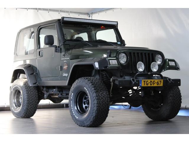 Jeep Wrangler 4.0 I Sahara   LPG G3   Youngtimer   Verhoogd   BTW