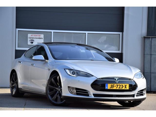 Tesla Model S 70 Base 21