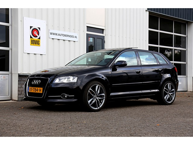 Audi A3 Sportback 1.6 TDI Ambition Pro Line S*Perfect Onderh.*Panoramadak Vol Leder Navi Stoelverw. Xenon Parkeersensoren 18 inch LM*