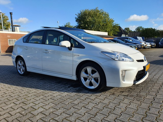 Toyota Prius 1.8 Business Aut *PANO+1 2LEDER+NAVI+PDC+JBL-AUDIO+ECC+CRUISE+CAMERA+HUD*