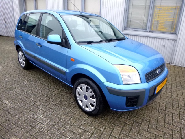 Ford Fusion 1.4i 16V Comfort + Airco - Lage km stand