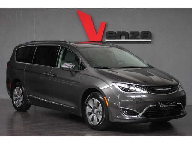 Chrysler Pacifica LIMITED Plug-in eHybrid - NIEUWE AUTO INCL.BTW.