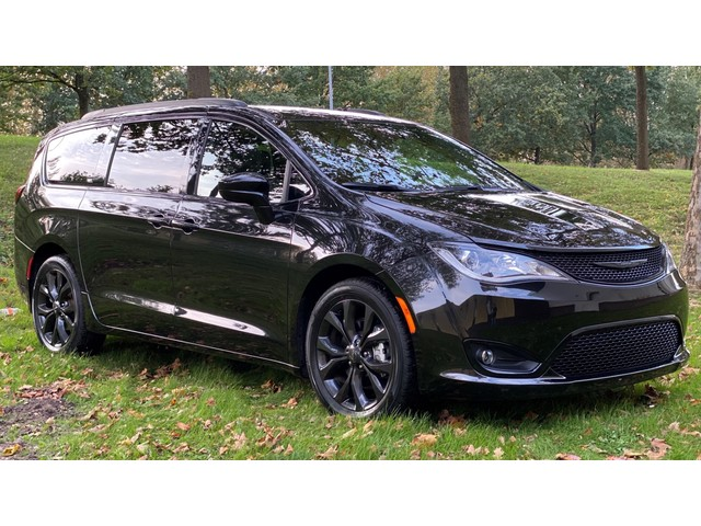 Chrysler Pacifica 3.6 V6 LIMITED Black S Edition