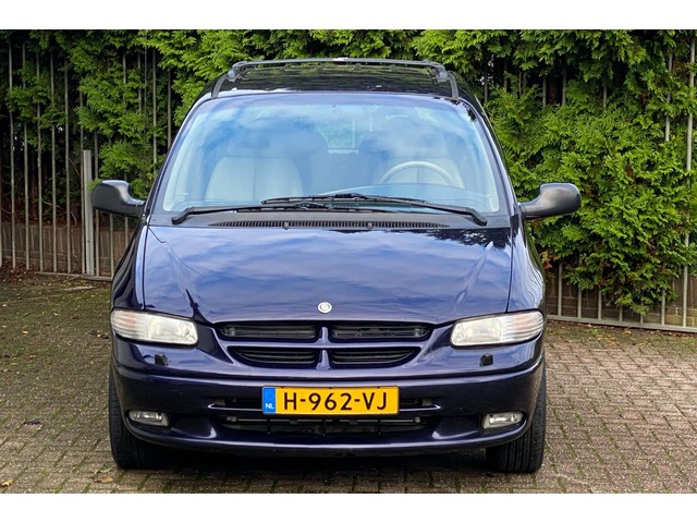 Chrysler Grand Voyager 3.8i V6 LE AWD Youngtimer 6 persoons