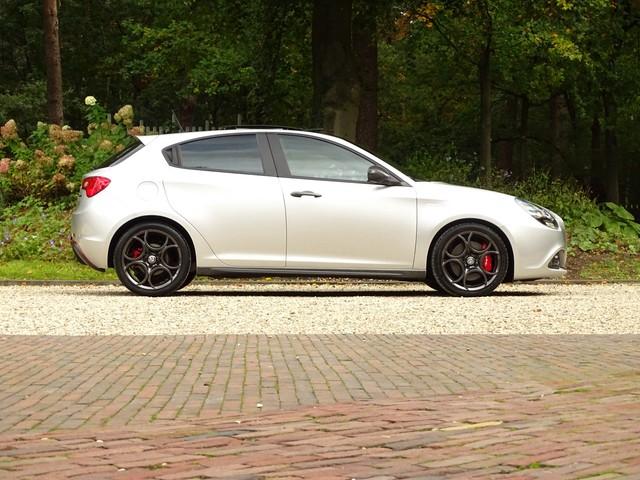 Alfa Romeo Giulietta 1.4 Turbo TCT Carbon Sport Nav 18inch Brembo PDC