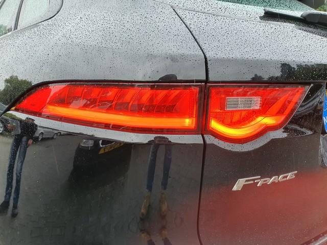 Jaguar F-Pace 2.0 Prestige Business-Pack 20d *NAVI-FULL-MAP+PDC+ECC+CRUISE+CAMERA*