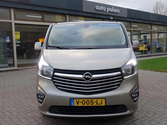 Opel Vivaro CDTi BiTurbo 145pk L1H1 310 2900 Sport ECC Navigatie Camera Parkpilot Cruise Side-bars LM-Velgen Trekhaak Dealer onderhouden Eer