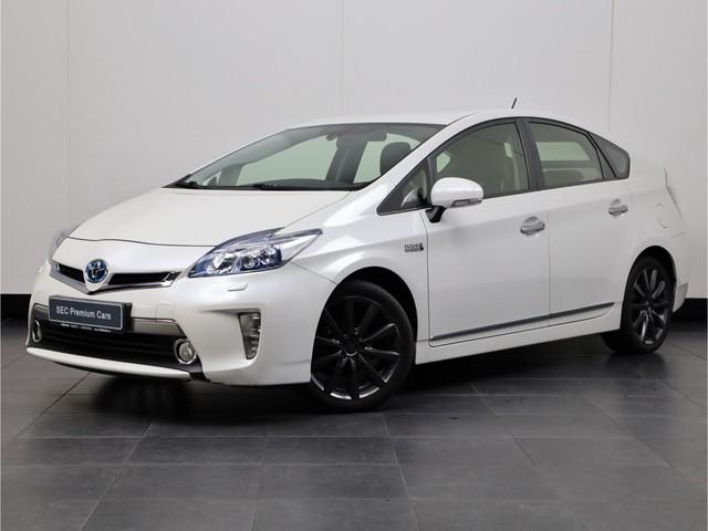 Toyota Prius 1.8 Plug-in Dynamic Business Sport leder,Navigatiesysteem full map,Keyless,headup,Camera,Cruise control
