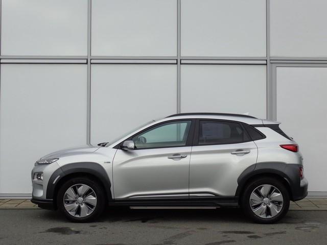 Hyundai Kona EV 204 PK AUTOMAAT PREMIUM   FULL OPTIONS   3 FASE   8% BIJTELLING