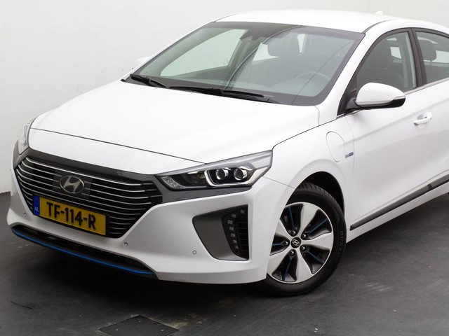 Hyundai IONIQ 1.6GDi PHEV (Inc. Btw) Adap-Cruise Lane-Assist Navi App-Connect Ecc Pdc-V+Achter Camera WiFi-OnStar KeyLess DAB-Radio Tel.BlueTo
