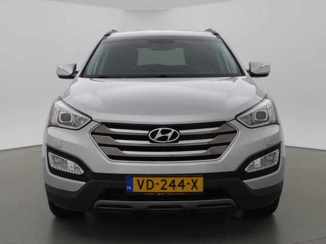 Hyundai Santa Fe 2.2 CRDI 198 PK AUT. VAN GRIJS KENTEKEN + LEDER   NAVIGATIE