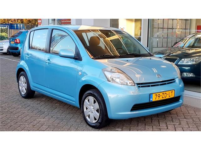 Daihatsu Sirion 2 1.3-16V PRESTIGE Airco | LAGE NAP KMSTAND!