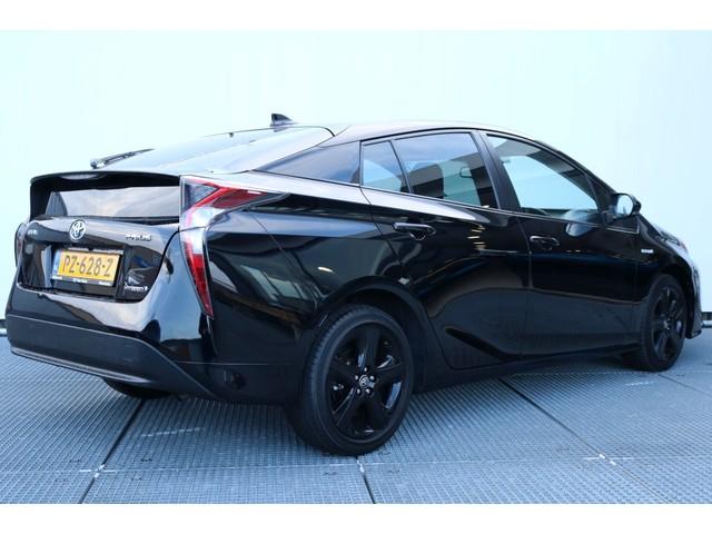 Toyota Prius 1.8 Dark Edition, Stoelverwarming, 1ste Eigenaar