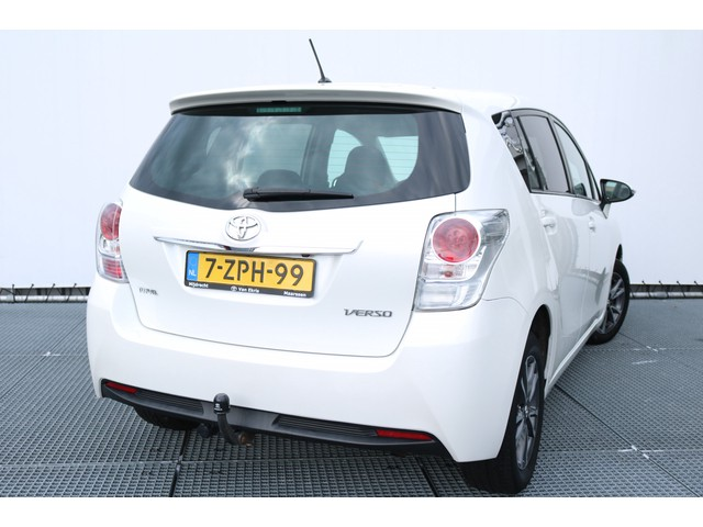 Toyota Verso 1.8 VVT-i Business, Navi, Trekhaak, Stoelverwarming!