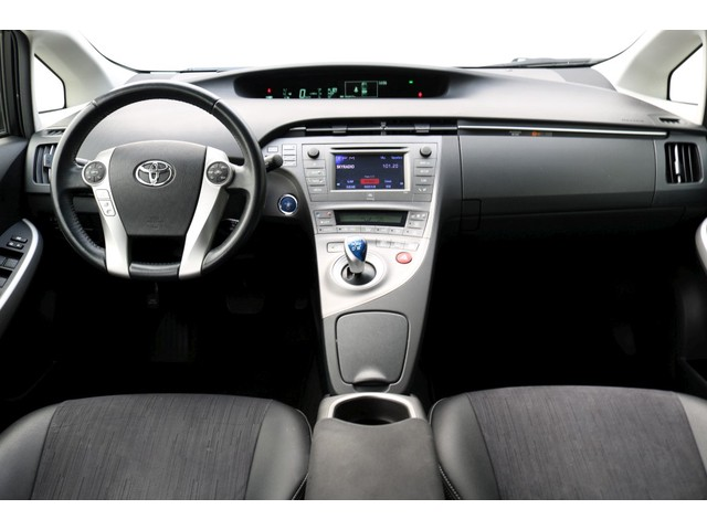 Toyota Prius 1.8 Dynamic Business - Navi - LED koplampen - 17