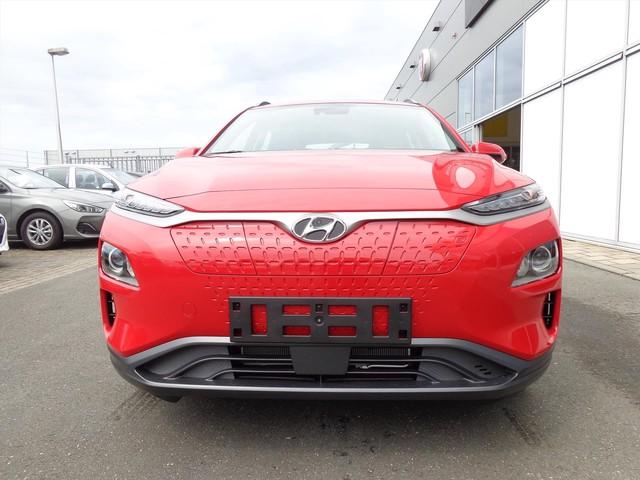 Hyundai Kona EV 204 PK AUTOMAAT PREMIUM | AIRCO | NAV | CAMERA | RADIO BLUETOOTH | 8% BIJTELLING