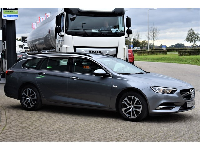 Opel Insignia Sports Tourer 1.6 CDTI EcoTec Business Executive, Led, Navigatie, DAB, Lane-Assist, Climate Control