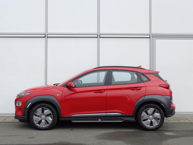 Hyundai Kona EV 204 PK AUTOMAAT COMFORT | AIRCO | APPLE CARPLAY | BLUETOOTH | CAMERA | 8% BIJTELLING