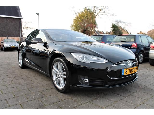 Tesla Model S 85 BASE | FREE SUPERCHARGE | *EX BTW*