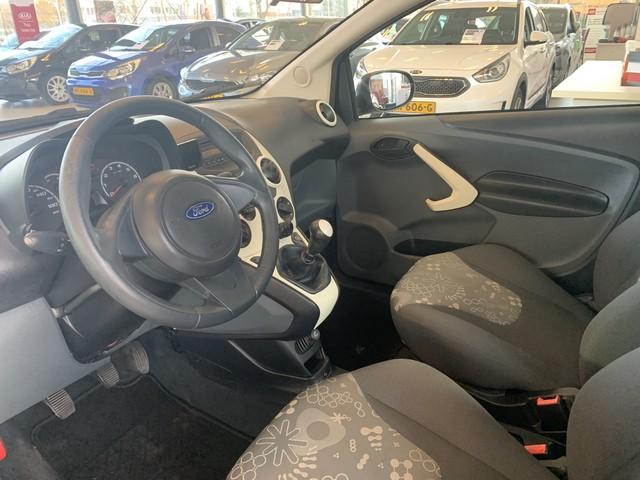 Ford Ka 1.2 Comfort Uitvoering, Eerste Particuliere Eigenaar, Start Stop Systeem, Airco, Elektrisch Pakket, Enz.. WIJ ZIJN GEWOON GEOPEN