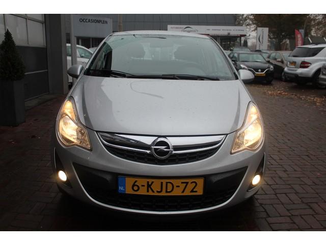 Opel Corsa 1.4-16V Anniversary Edition Airco,Pdc,Trekhaak,Cv Cruise Bj 2013 Dealer onderhouden