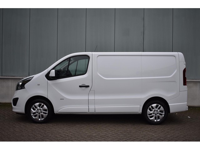 Opel Vivaro 1.6 CDTI L1H1 Edition Ecoflex Navigatie   Parkeersensoren   Camera   Airco   Cruise control   LMV