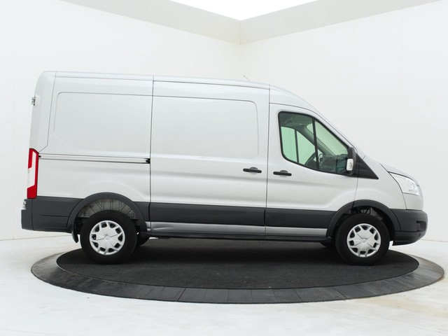 Ford Transit 2.0TDCI 130PK L2H2   Airco   Cruise   Betimmering   PDC   3-Persoons