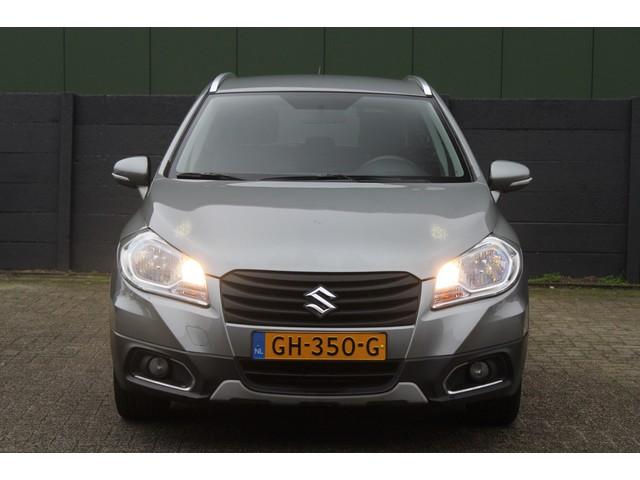 Suzuki S-Cross 1.6 Exclusive Airco, Parkeersensoren, Stoelverwarming