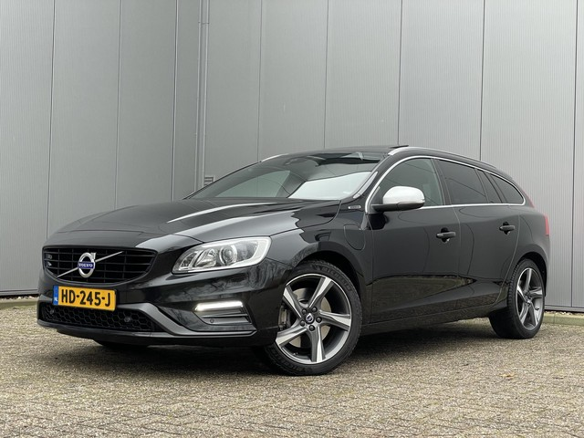 Volvo V60 2.4 D6 220 PK Twin Engine R-Design + 1e eigenaar + camera + dak + cruise control