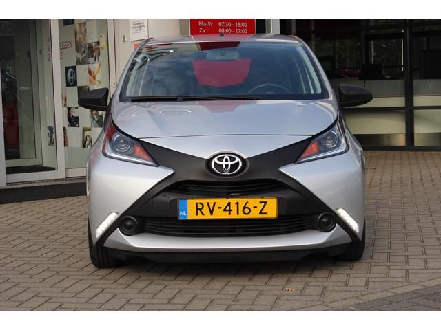Toyota Aygo 5-DRS 1E EIGENAAR AIRCO NL-AUTO