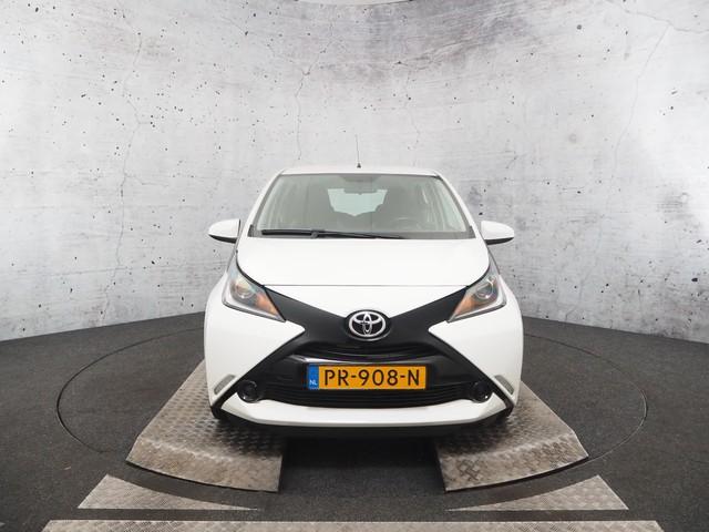 Toyota Aygo 1.0 VVT-i x-now | Airco | Achteruitrijcamera