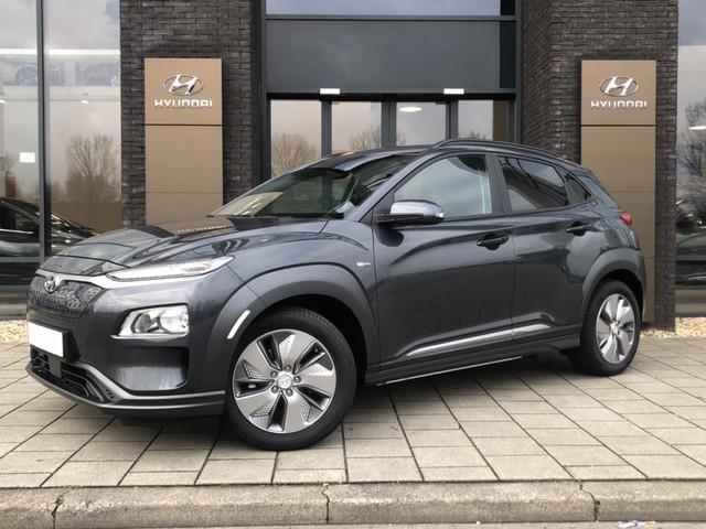 Hyundai Kona EV Fashion 39 kWh   8% Bijtelling   Uit voorraad leverbaar  