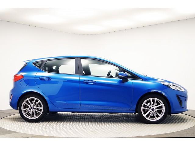 Ford Fiesta 85 PK Trend+ Apple-carplay Airco Multimedia parkeersens