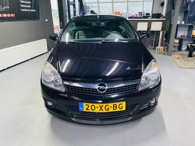 Opel Astra TwinTop 1.8 Cosmo