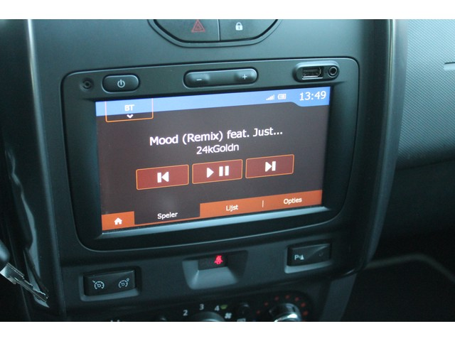 Dacia Duster 1.2 TCe 4x2 Prestige | Leer | Trekhaak | Navi | Rijklaar