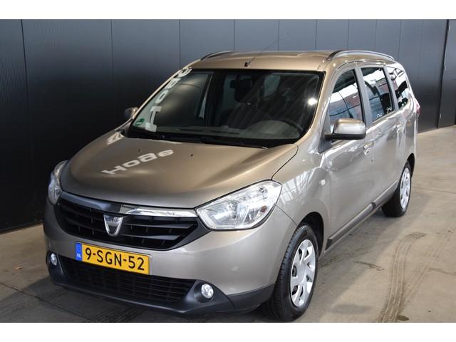 Dacia Lodgy 1.2 TCe Laureate 5p. Navigatie PDC Rijklaarprijs Inruil Mogelijk!