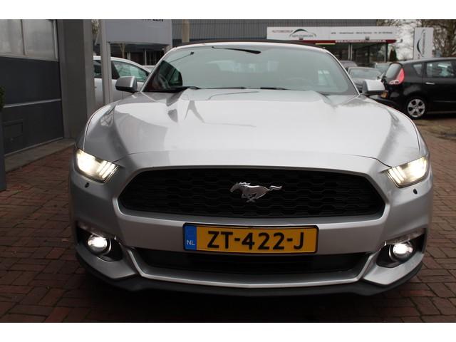 Ford USA Mustang 3.7 V6 Cabrio 320PK Xenon KeylesGo 22inch Camera Bj 2015 Uniek die gezien moet worden !!