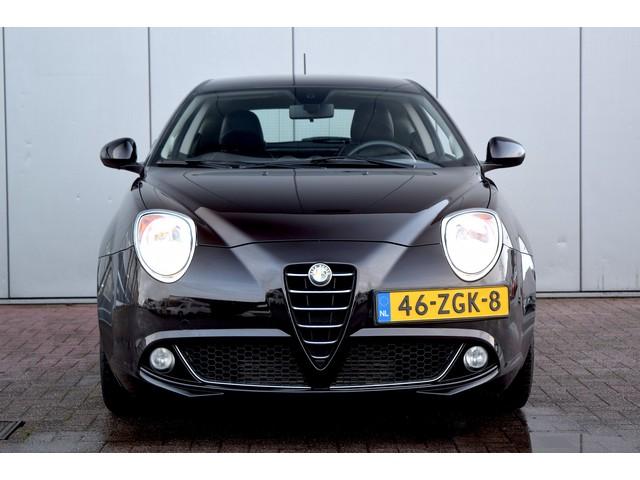 Alfa Romeo MiTo 0.9 TwinAir Distinctive PDC Clima Navi Cruise Elekramen