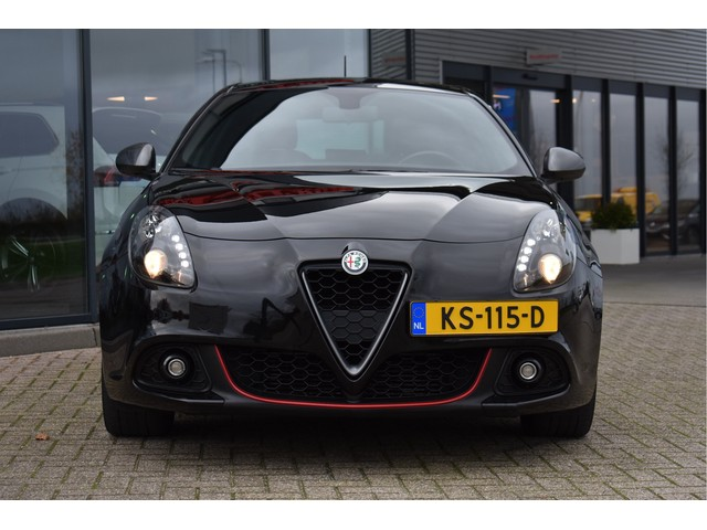 Alfa Romeo Giulietta 1.6 JTDm Super Pack Veloce, Leder, Navigatie, Bluetooth, Parkeersensoren