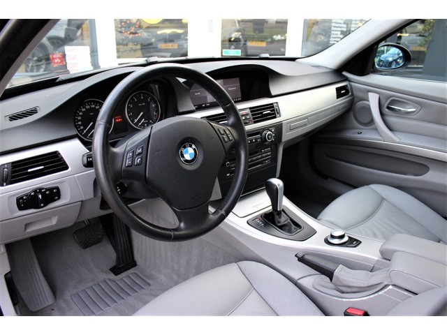 BMW 3 Serie 3.0 I 330i E90 Sedan High Executive | 2e eigenaar | 258 pk |