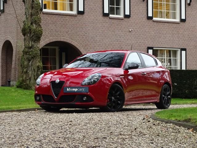 Alfa Romeo Giulietta 2.0 JTDm TCT PackVeloce Nav Xenon Akrapovic!