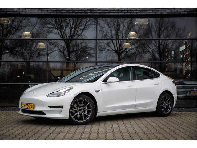 Tesla Model 3 Long Range Autopilot EX BTW 351PK, Panoramadak,