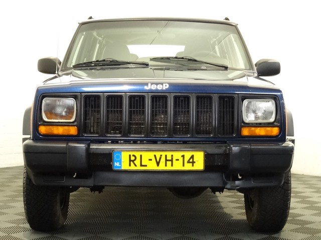 Jeep Cherokee 4.0I LIMITED 4x4 AUTOMAAT, YOUNGTIMER, Airco