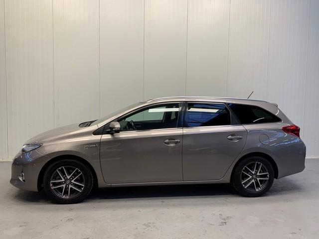 Toyota Auris Touring Sports 1.8 HYBRID LEASE NAVI-XENON-PANODAK-LMV-PARC.CAMERA