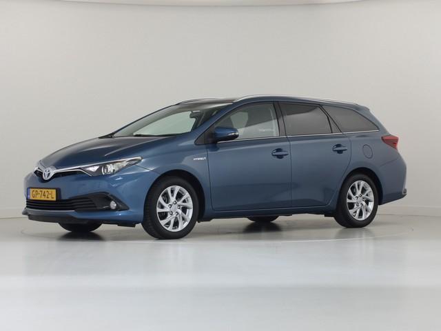 Toyota Auris 1.8 Hybrid Touring Sports Lease