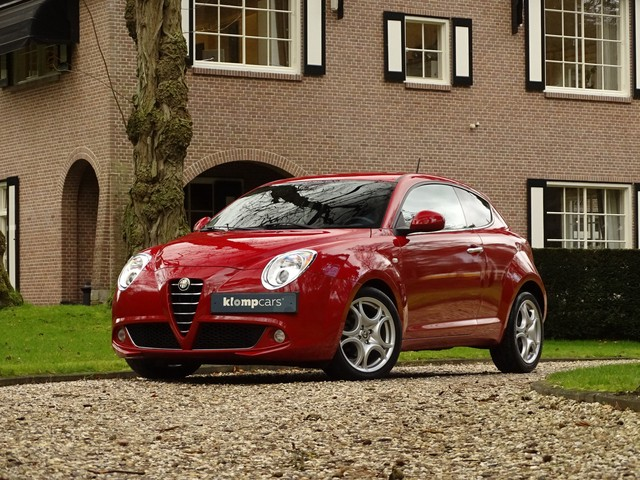 Alfa Romeo MiTo 1.4 T 135 PK Dist.Sport TCT Stoelverw Bluetooth Rosso